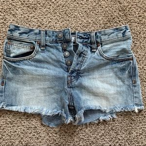 Free People Light wash jean shorts